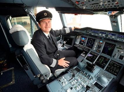 Flugbegleiter/innen und Piloten und Pilotinnen